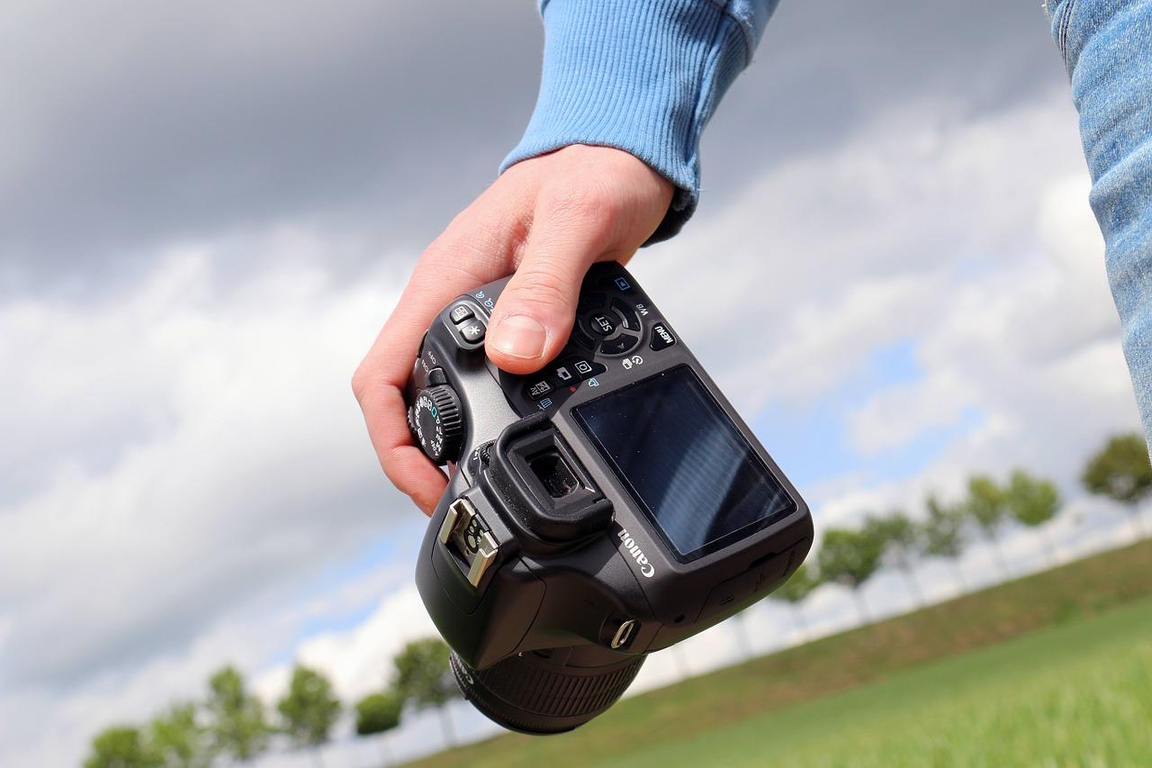 Szukasz sprzętu fotograficznego dla siebie? Przeczytaj koniecznie!