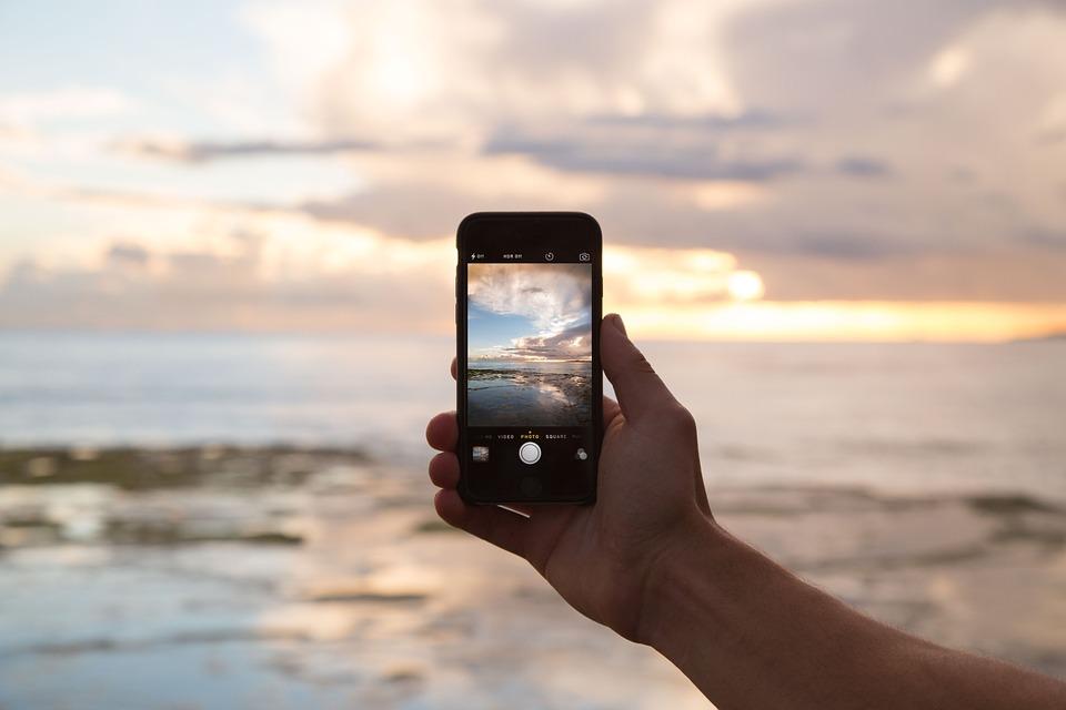 Podsłuch oraz podgląd na żywo w telefonie współmałżonka